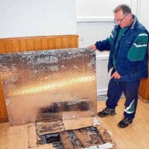 Bürger packen bei der Renovierung kräftig mit an